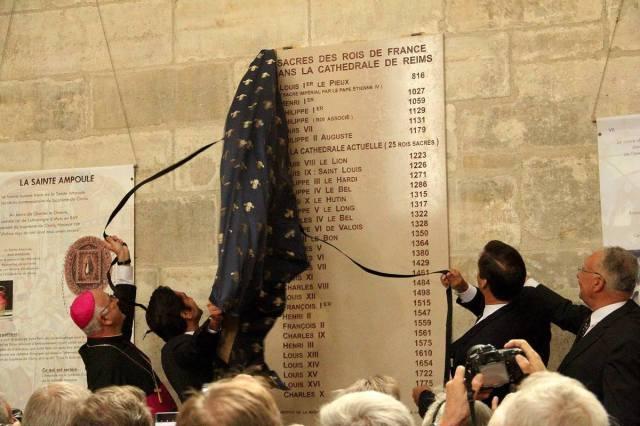 ob_a13a3e_plaque-commemorative-des-rois-sacres